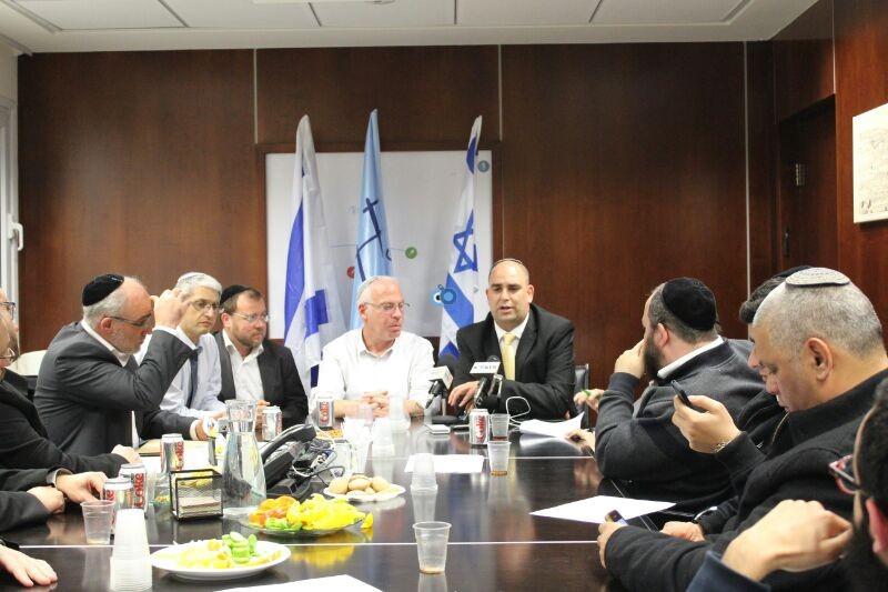 אורי אריאל וראש עיריית לוד צילם משה מזרחי 24 (5)