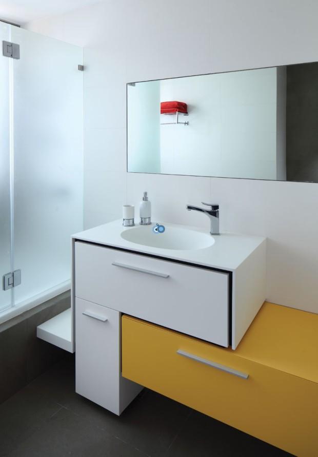 אמבטיה - צילום- עוזי פורת