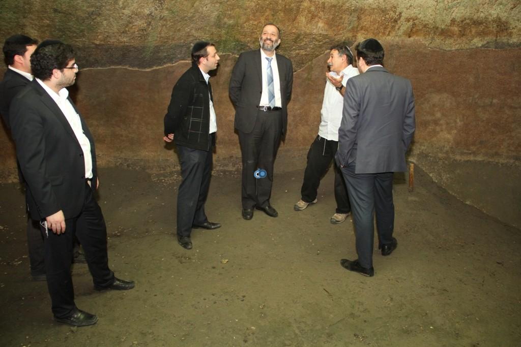אריה דרעי  ביקור  עיר  דוד  באדיבות המצלם (1)