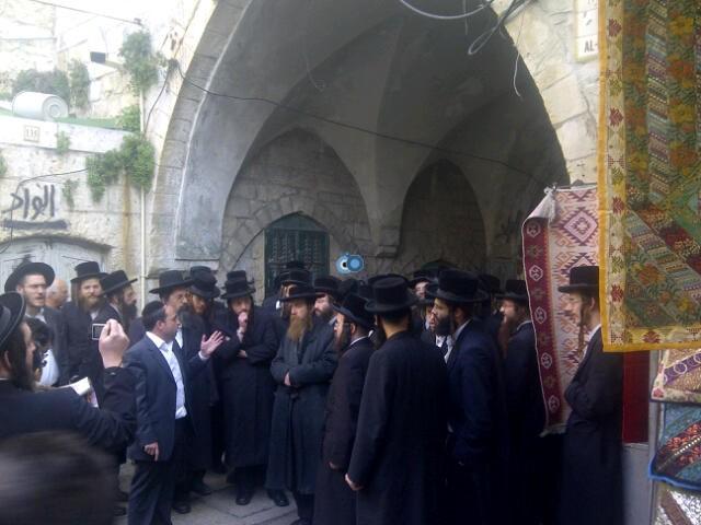 יום עיון חרדים נדבורנא רובע היהודי צילם 24 (1)