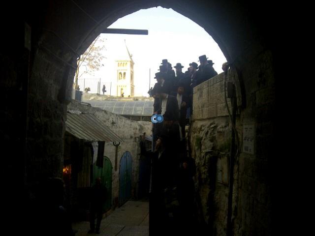 יום עיון חרדים נדבורנא רובע היהודי צילם 24 (10)