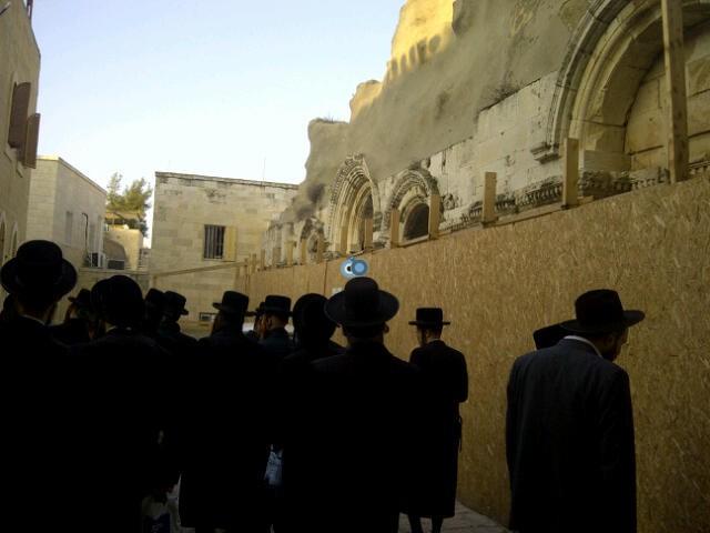 יום עיון חרדים נדבורנא רובע היהודי צילם 24 (16)