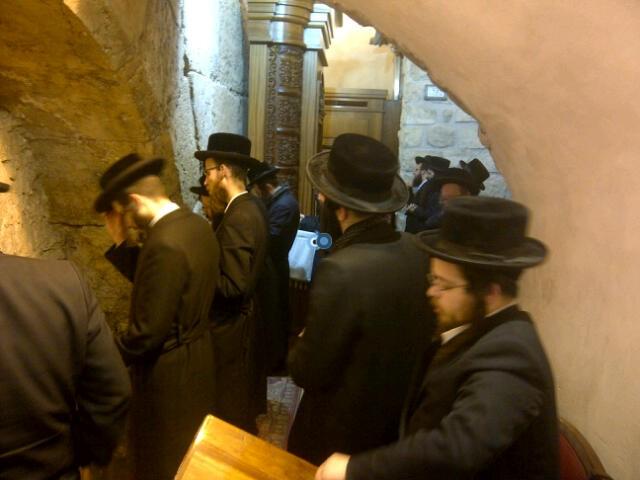 יום עיון חרדים נדבורנא רובע היהודי צילם 24 (22)