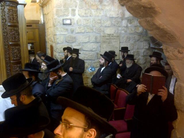 יום עיון חרדים נדבורנא רובע היהודי צילם 24 (23)