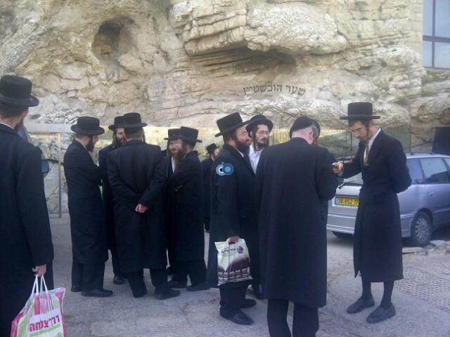 יום עיון חרדים נדבורנא רובע היהודי צילם 24 (44)