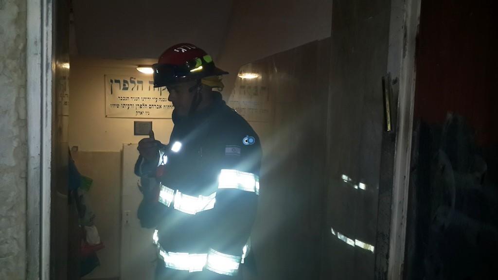 שריפה ישיבה  רחמסטריווקא  צילם דובר כבאות והצלה אודי גל (3)