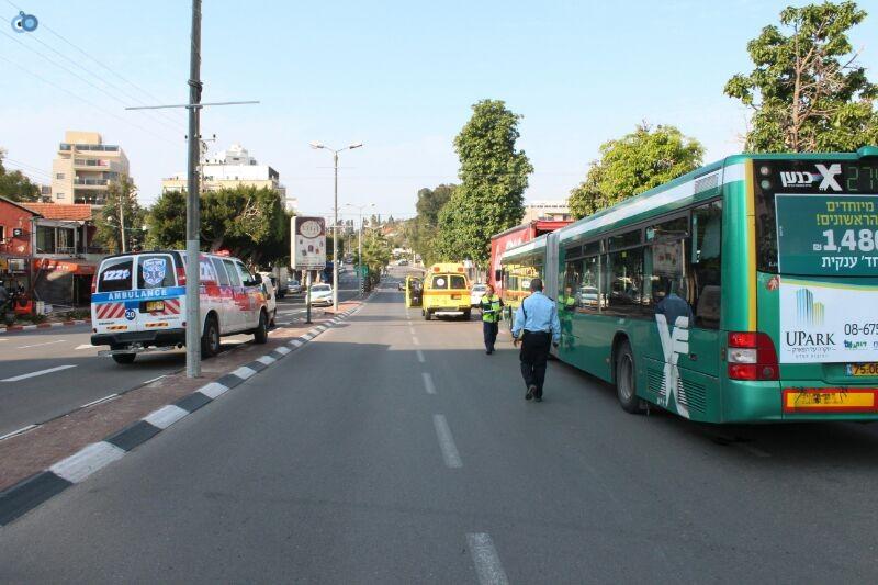 תאונה  אוטובוס  עם רכב  צילם משה מזרחי 24 (9)