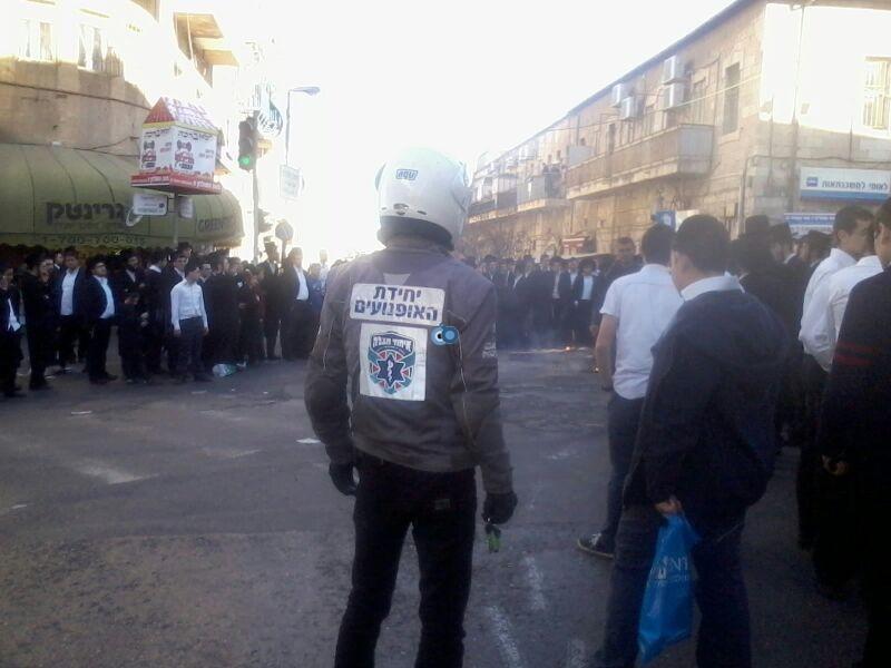 הפגנה כיכר השבת הפגנה שקטה צילם שמואל בן ישי 24 (3)