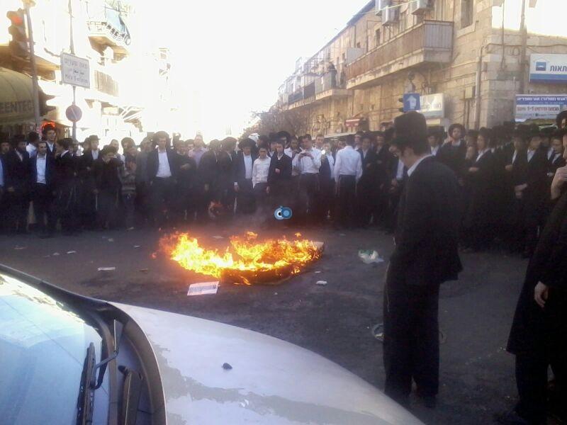 הפגנה כיכר השבת הפגנה שקטה צילם שמואל בן ישי 24 (5)