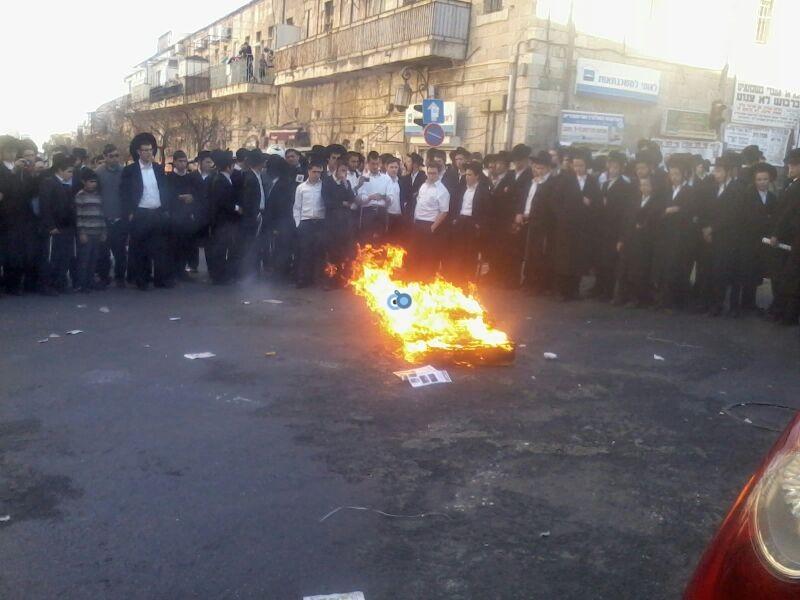 הפגנה כיכר השבת הפגנה שקטה צילם שמואל בן ישי 24 (8)