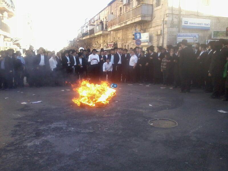הפגנה כיכר השבת הפגנה שקטה צילם שמואל בן ישי 24 (9)