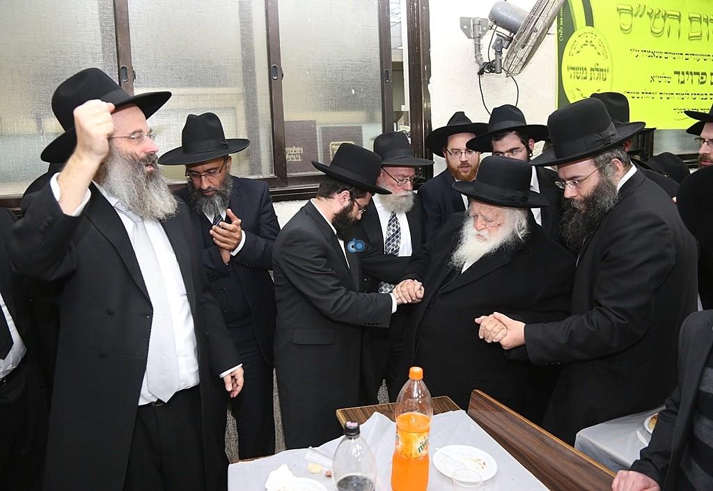 מעמד סיום השס בהשתתפות גדולי ישראל - צלום אלי קובין (1)