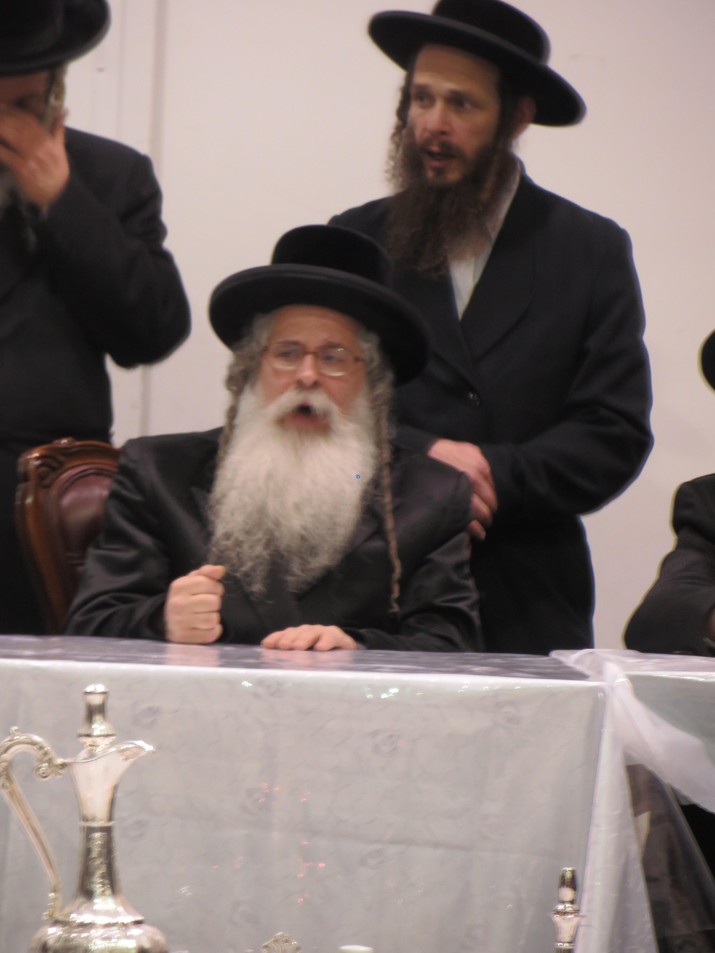 נדבורנא ירושלים בהילולת אביו צילם מוטי (4)