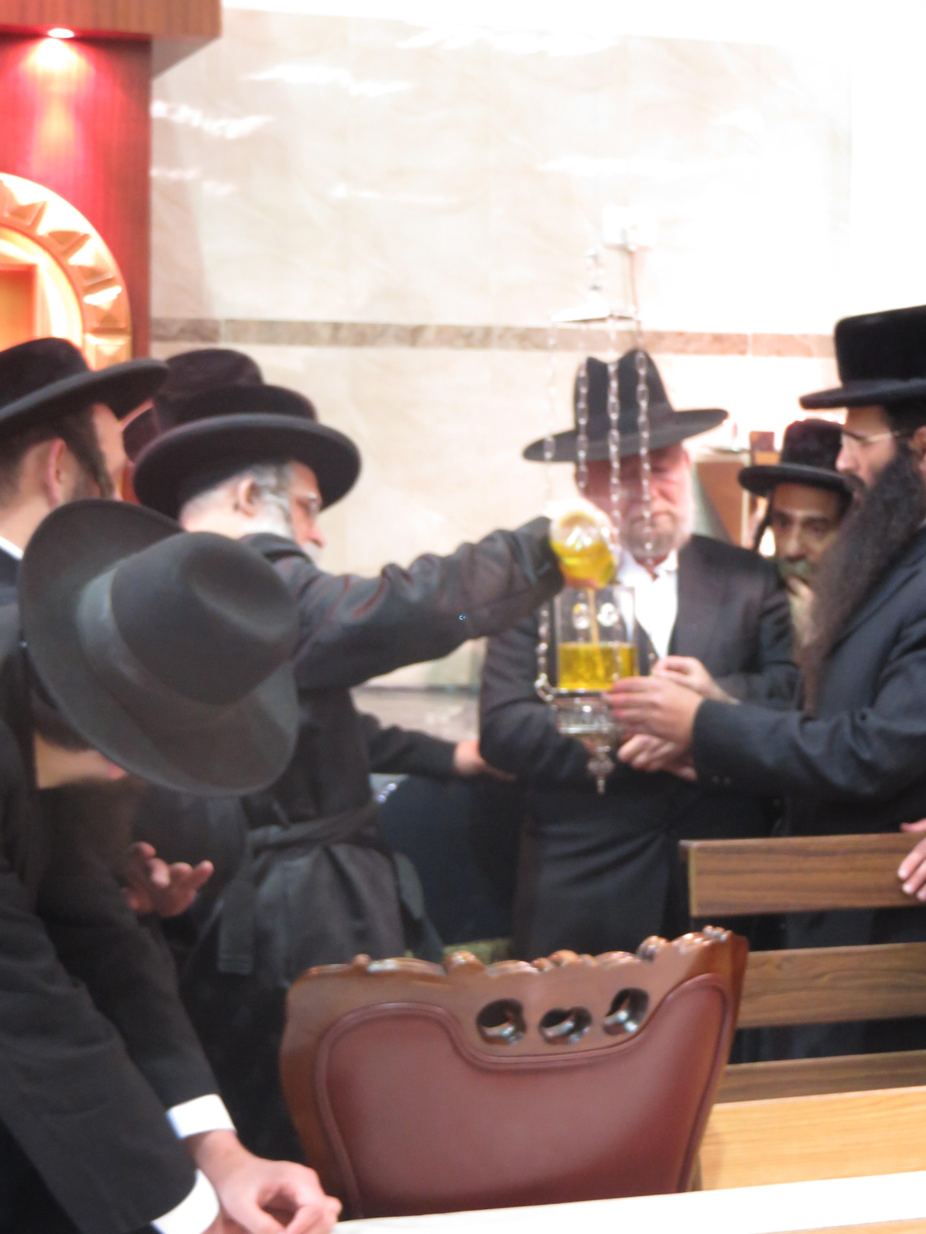 נדבורנא ירושלים בהילולת אביו צילם מוטי (5)