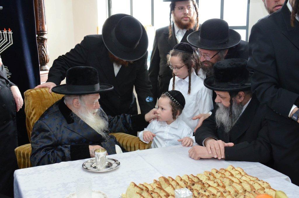 אדמו''ר מ ערלוי מערלוי בביקור היסטורי חיפה צילם אהרן ברוך ליבוביץ (14)