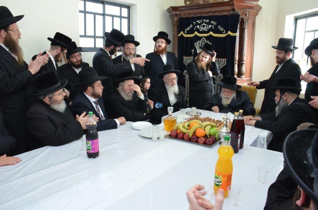 אדמו''ר מ ערלוי מערלוי בביקור היסטורי חיפה צילם אהרן ברוך ליבוביץ (16)