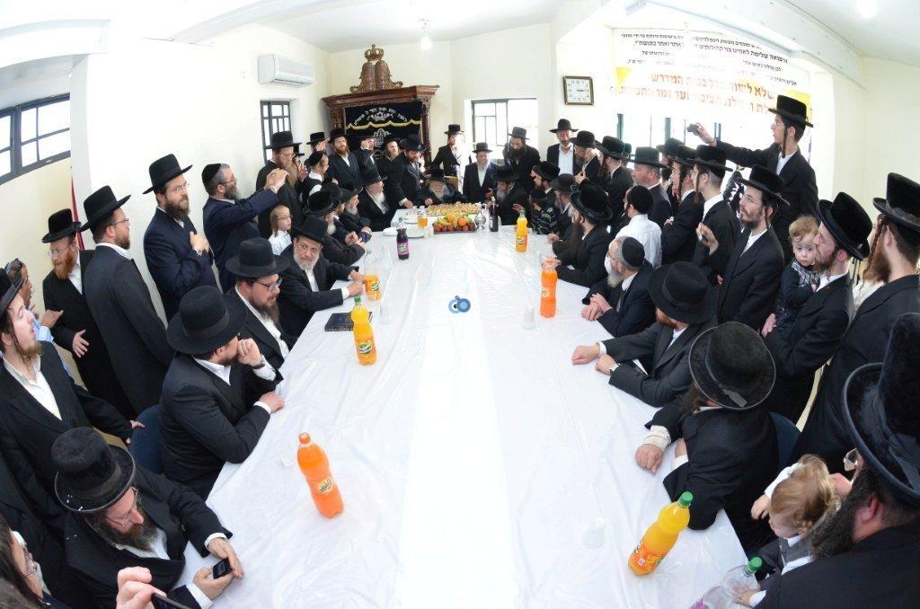 אדמו''ר מ ערלוי מערלוי בביקור היסטורי חיפה צילם אהרן ברוך ליבוביץ (17)