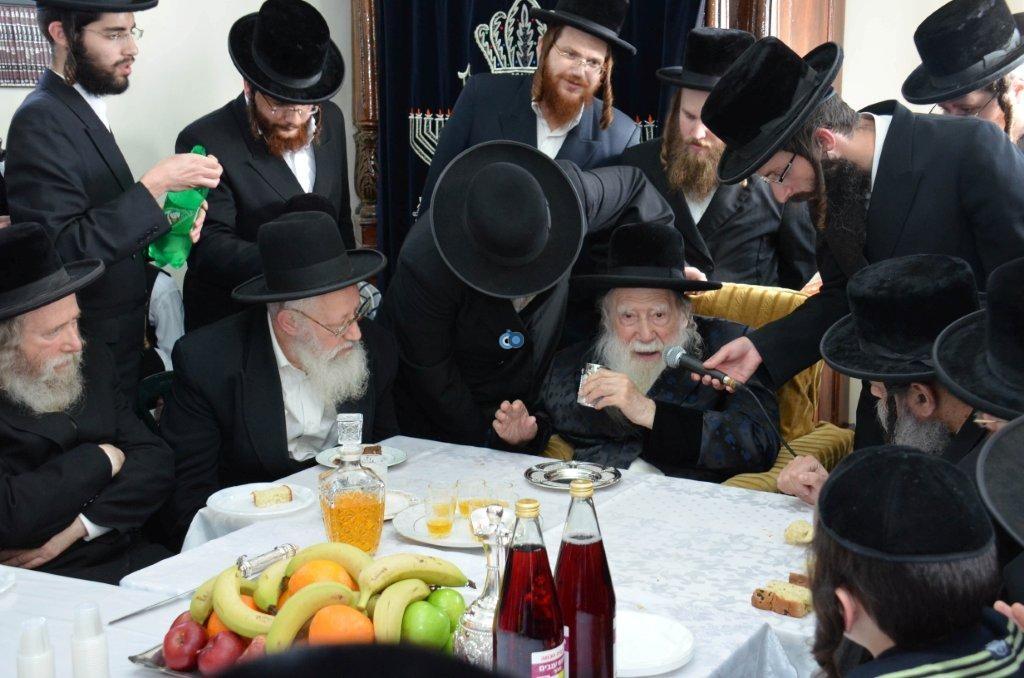 אדמו''ר מ ערלוי מערלוי בביקור היסטורי חיפה צילם אהרן ברוך ליבוביץ (19)