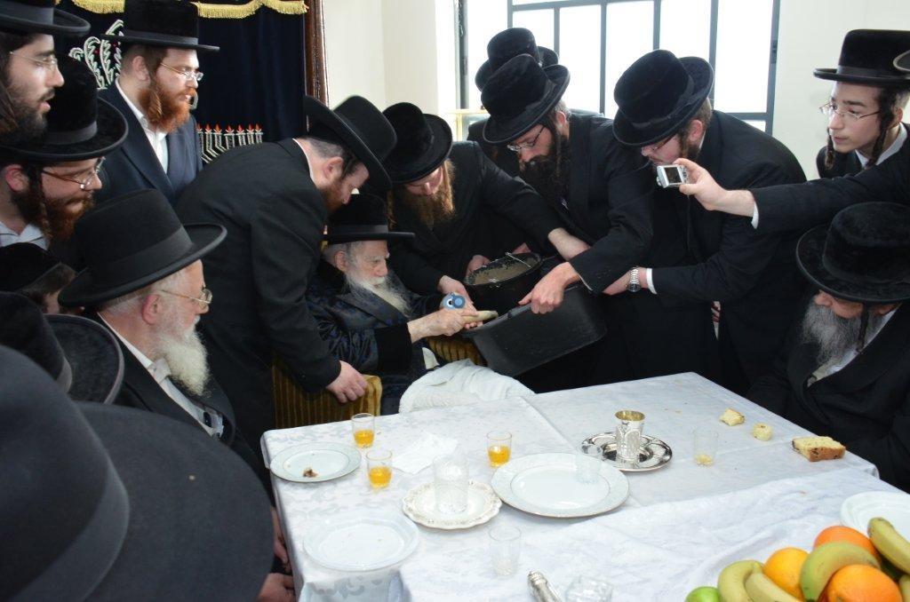 אדמו''ר מ ערלוי מערלוי בביקור היסטורי חיפה צילם אהרן ברוך ליבוביץ (5)