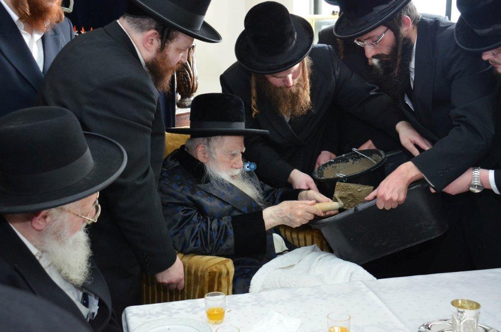 אדמו''ר מ ערלוי מערלוי בביקור היסטורי חיפה צילם אהרן ברוך ליבוביץ (6)
