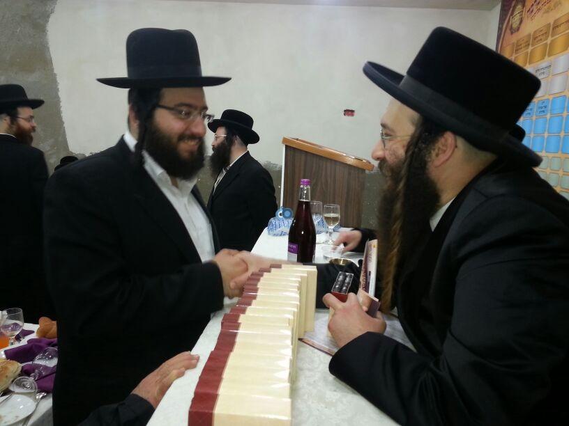 מגבית ספינקא עם רבי אלימלך בידרמן זלמנוביץ זייברט צילם מוטי איצקוביץ 24 (17)