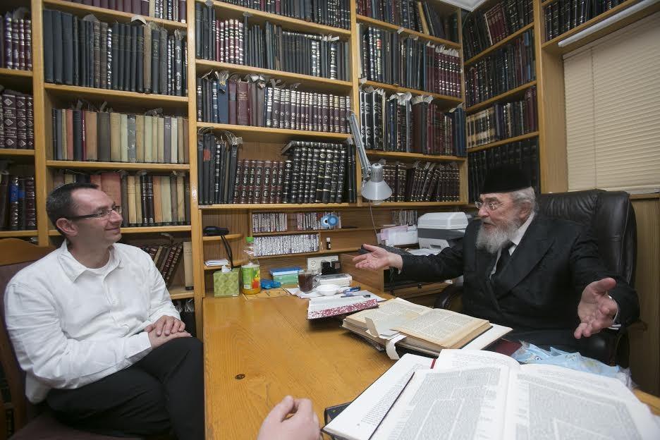 ראש ישיבת עטרת ישראל הגרב''מ אזרחי 1 - ביכלר