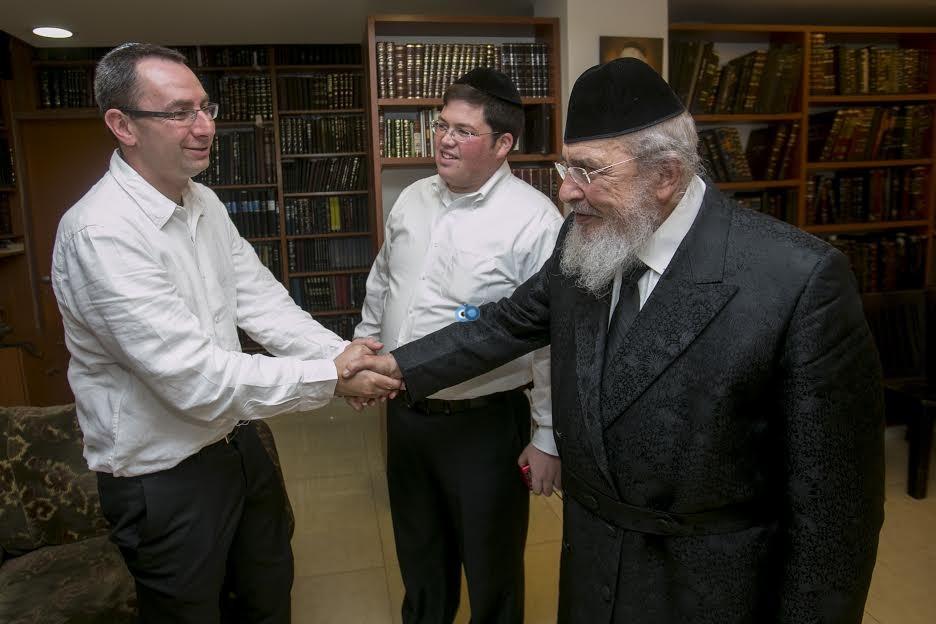 ראש ישיבת עטרת ישראל הגרב''מ אזרחי 2 - ביכלר