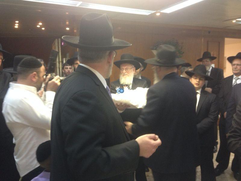 ברית נכד יעקב אשר צילם חדשות 24 (39)