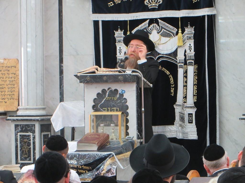 הגרש''צ רוזנבלט שיעור חג פסח ע''ד עם הרב דינר צילם שיף (1)