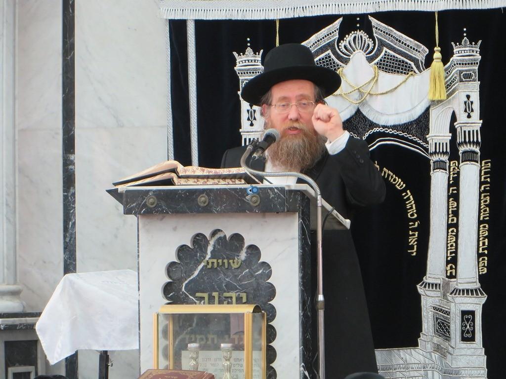 הגרש''צ רוזנבלט שיעור חג פסח ע''ד עם הרב דינר צילם שיף (5)