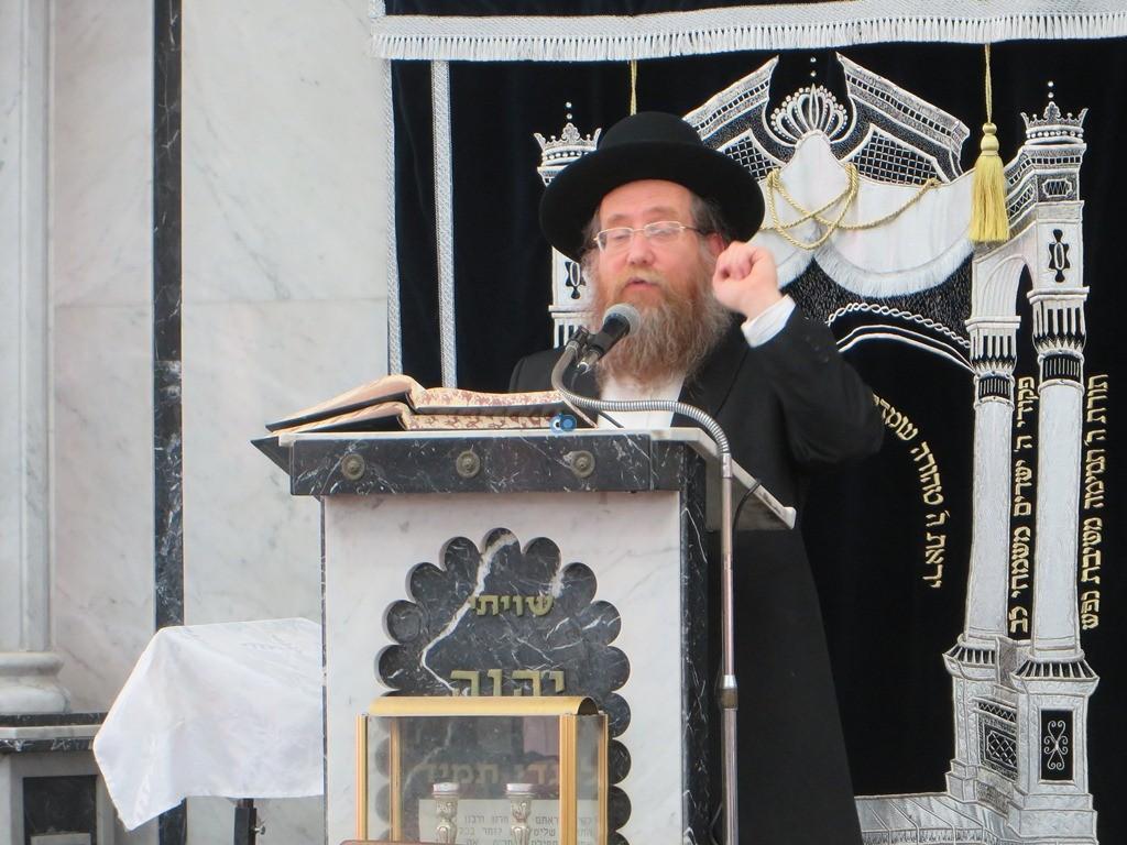 הגרש''צ רוזנבלט שיעור חג פסח ע''ד עם הרב דינר צילם שיף (6)
