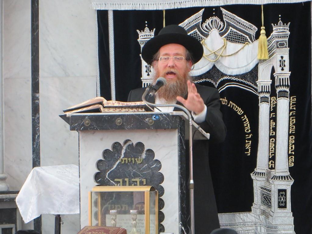 הגרש''צ רוזנבלט שיעור חג פסח ע''ד עם הרב דינר צילם שיף (9)