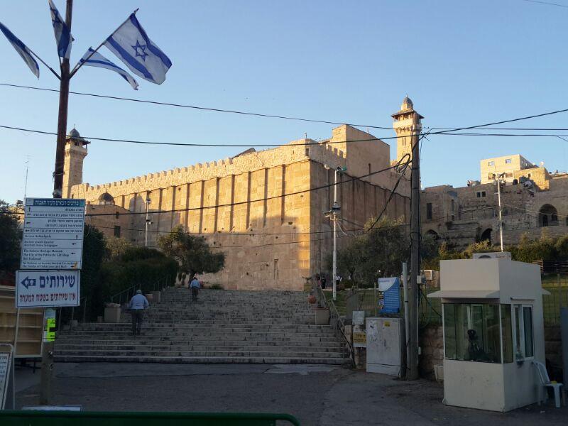 המונים בקבר רחל ומערת המכפלה בערח  אייר צילם יוסף חיים בן ציון 24(17)