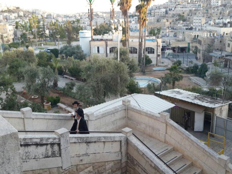 המונים בקבר רחל ומערת המכפלה בערח  אייר צילם יוסף חיים בן ציון 24(8)