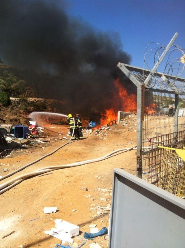 שריפה באיזור התעשיה ביתר צילם אביאל איטח 24 (5)