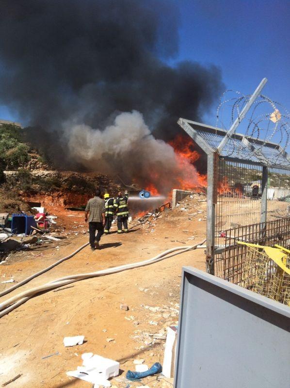 שריפה באיזור התעשיה ביתר צילם אביאל איטח 24 (7)