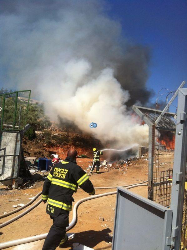 שריפה באיזור התעשיה ביתר צילם אביאל איטח 24 (8)