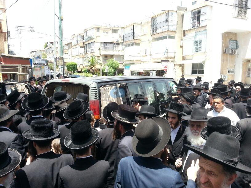 הלויה, הרבנית נדבורנא פ''ת, צילם יהודה רחמים 24 (12)