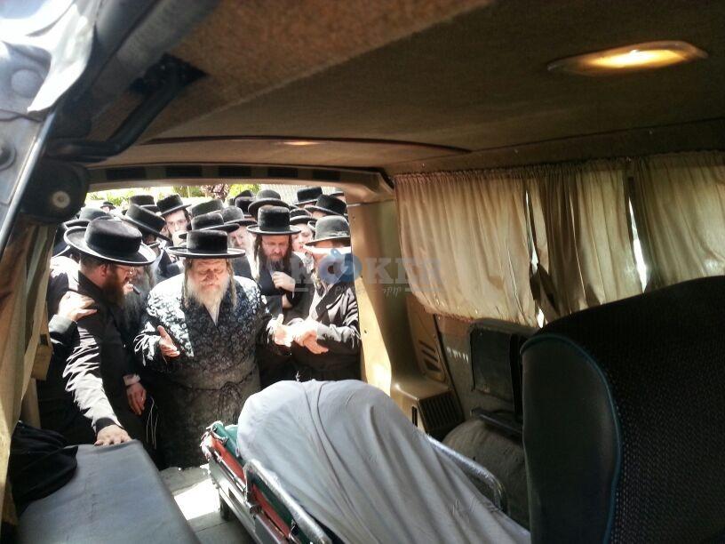 הלויה, הרבנית נדבורנא פ''ת, צילם יהודה רחמים 24 (14)