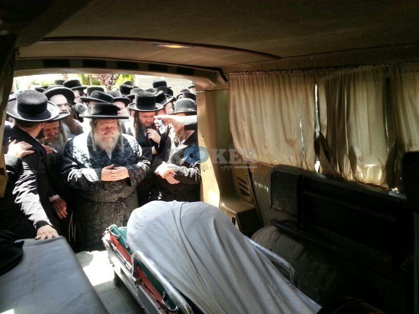 הלויה, הרבנית נדבורנא פ''ת, צילם יהודה רחמים 24 (20)