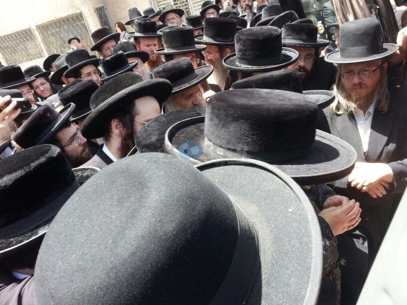 הלויה, הרבנית נדבורנא פ''ת, צילם יהודה רחמים 24 (23)
