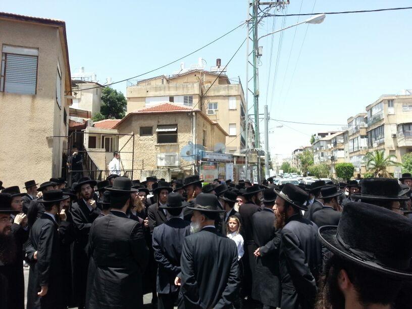 הלויה, הרבנית נדבורנא פ''ת, צילם יהודה רחמים 24 (26)