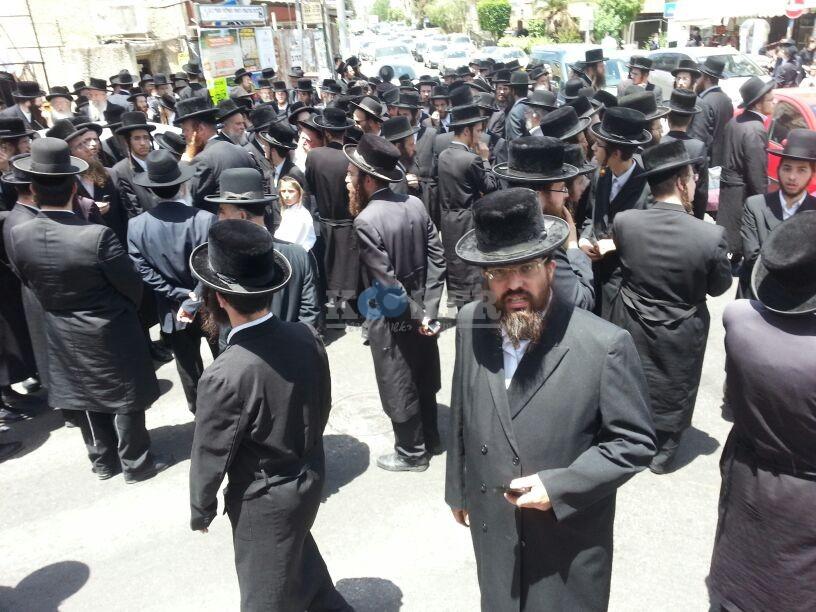 הלויה, הרבנית נדבורנא פ''ת, צילם יהודה רחמים 24 (3)