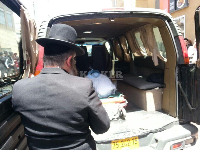הלויה, הרבנית נדבורנא פ''ת, צילם יהודה רחמים 24 (4)