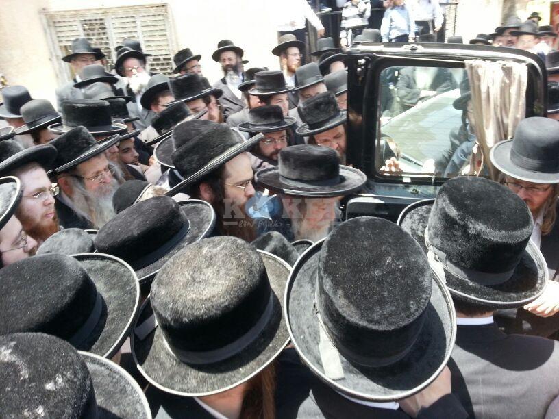 הלויה, הרבנית נדבורנא פ''ת, צילם יהודה רחמים 24 (8)