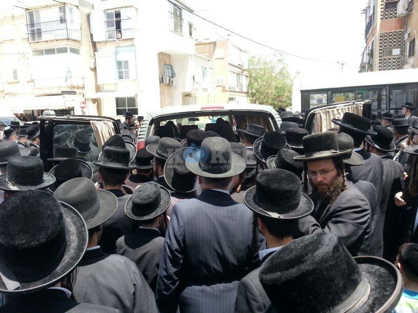 הלויה, הרבנית נדבורנא פ''ת, צילם יהודה רחמים 24 (9)