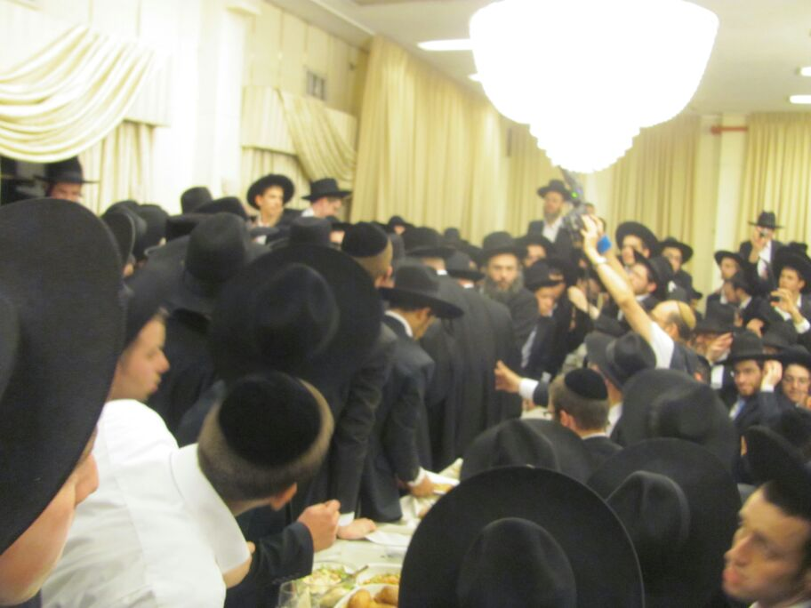 חתונה נכד הגר''ח קניבסקי צילם דוד אמרון חדשות 24 (13)