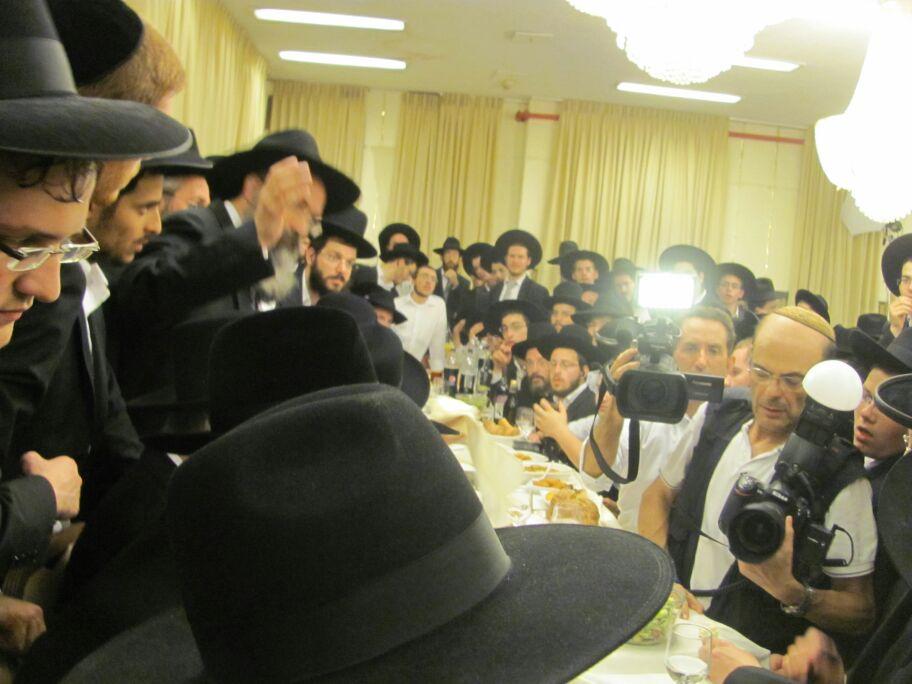 חתונה נכד הגר''ח קניבסקי צילם דוד אמרון חדשות 24 (18)