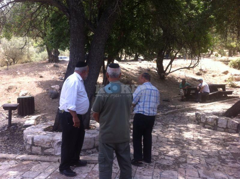 עמוקה, ישראל דרעי צילם דובורת ישועות בעמוקה (11)
