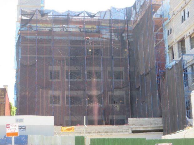 the gigantic school building (9)